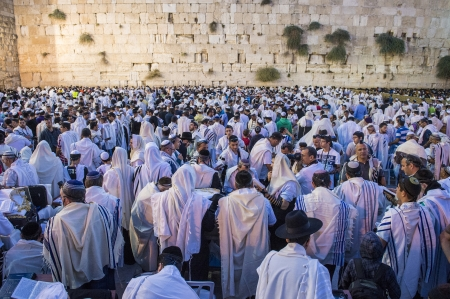 JERUSALEM - SEP 25 : Jewish men prays during the penitential prayers the Selichot , held on September 25 2012 in the Wailing wall in Jerusalem Israel  Stock Photo - 17003816