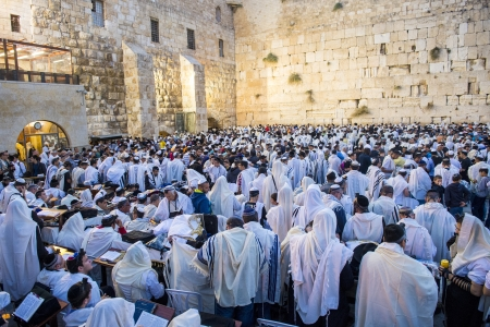 JERUSALEM - SEP 25 : Jewish men prays during the penitential prayers the Selichot , held on September 25 2012 in the Wailing wall in Jerusalem Israel  Stock Photo - 17402318