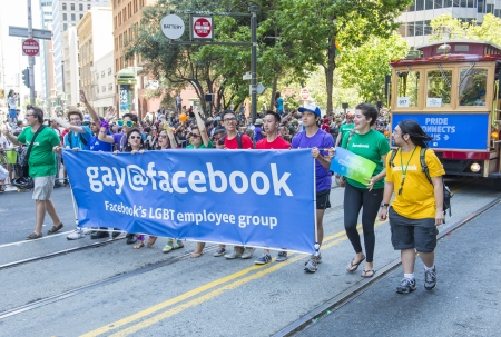 marched: SAN FRANCISCO JUNE 30 : Facebook CEO Mark Zuckerberg Marched With 700 Facebook Employees In San Franciscos Gay Pride Parade on June 30 2013