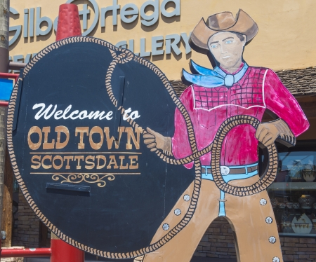scottsdale: SCOTTSDALE , ARIZONA - AUG 11 : The Welcome to Old Town Scottsdale sign in Scottsdale Arizona on August 11 2013 .The Old Town is the main tourist attraction of Scottsdale