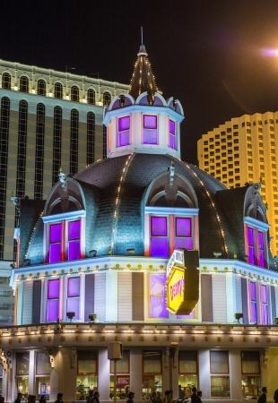 royale: LAS VEGAS - 26 de agosto: Casino Royale el 26 de agosto de 2013 en Las Vegas. Casino Royale est� situado en Las Vegas Strip y se abri� en 1992