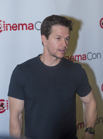 caesars palace: LAS VEGAS, NV - MARCH 24: Actor Mark Wahlberg arrives at the 2014 CinemaCon Paramount opening night presentation at Caesars Palace on March 24, 2014 in Las Vegas, Nevada Editorial