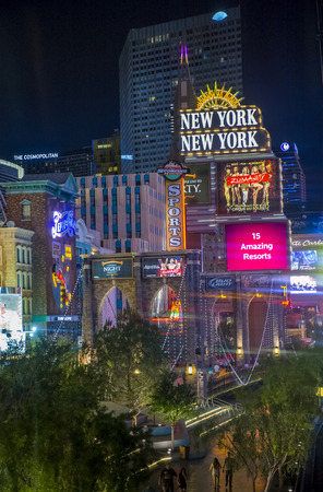 manhatan: LAS VEGAS - MAY 12 : New York-New York Hotel & Casino in Las Vegas on May 12 2014; This hotel simulates the real New York City skyline and It was opened in 1997. Editorial