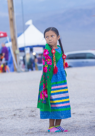 paiute: LAS VEGAS - MAY 24 : Native American girl takes part at the 25th Annual Paiute Tribe Pow Wow on May 24 , 2014 in Las Vegas Nevada. Pow wow is native American cultural gathernig event.