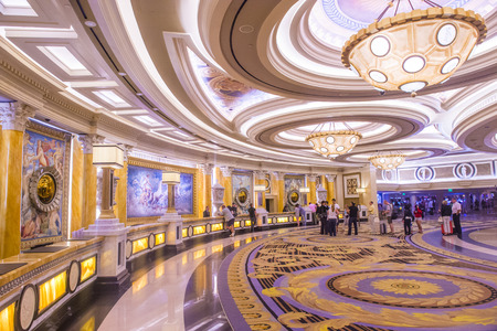 caesars palace: LAS VEGAS - JUNE 15 :The Caesars Palace hotel loby on June 15, 2014 in Las Vegas. Caesars Palace is a luxury hotel and casino located on the Las Vegas Strip. Caesars has 3,348 rooms in five towers