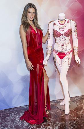 victoria secret: LAS VEGAS - NOV 13 : Model Alessandra Ambrosio attend the Victorias Secret Dream Angels Fantasy Bra debut at the Fashion Show mall on November 13, 2014 in Las Vegas.