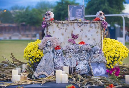dia de los muertos: COACHELLA , CALIFORNIA - NOV 01 : Traditional Mexican altar installation at the Dia De Los Muertos Experience in Coachella , California on November 01 2014