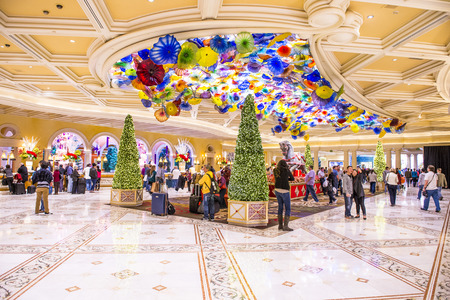 bellagio las vegas: LAS VEGAS - DEC 08 : The Bellagio hotel loby on December 08 2014 in Las Vegas. Bellagio is a luxury hotel and casino located on the Las Vegas Strip. The Bellagio opened on 1998. Editorial