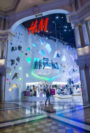 designer bag: LAS VEGAS - FEB 18 : An H&M store in Las Vegas strip on February 18 , 2015. H&M is a Swedish multinational retail-clothing company.
