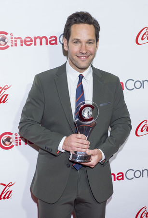 caesars palace: Actor Paul Rudd, winner of CinemaCons Male Star of the Year award, attends the 2015 Big Screen Achievement Awards during 2015 CinemaCon at Caesars Palace Resort and Casino in Las Vegas,