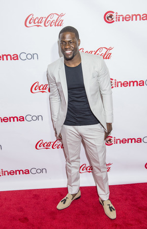 caesars palace: LAS VEGAS - APR 23 : Actor Kevin Hart, winner of CinemaCons Comedy Star of the Year, attends the 2015 Big Screen Achievement Awards during 2015 CinemaCon on April 23 , 2015 in Las Vegas , NV
