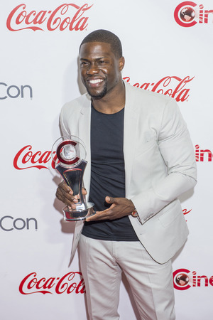 big screen: LAS VEGAS - APR 23 : Actor Kevin Hart, winner of CinemaCons Comedy Star of the Year, attends the 2015 Big Screen Achievement Awards during 2015 CinemaCon on April 23 , 2015 in Las Vegas , NV