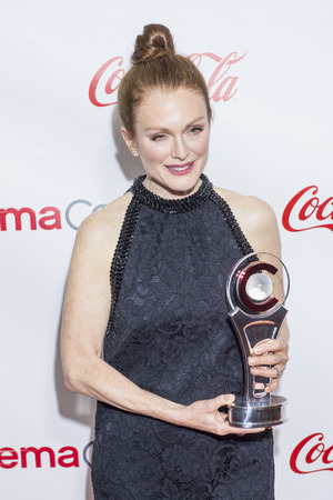 arts culture and entertainment: LAS VEGAS - APR 23 : Actress Julianne Moore attends the 2015 Big Screen Achievement Awards during 2015 CinemaCon on April 23 , 2015 in Las Vegas, NV