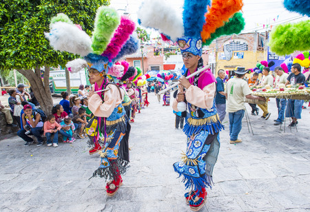 SAN MIGUEL DE ALLENDE , MEXICO - MAY 31 :Native Americans with traditional costume participates at the festival of Valle del Maiz on May 31 , 2015 in San Miguel de Allende ,Mexico.