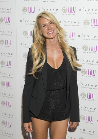 bar lounge: LAS VEGAS - JULY 17 : Model Amanda Vanderpool attends a party for Alvarez Plastic Surgery at Lily Bar & Lounge at the Bellagio hotel in Las Vegas, Nevada on July 17 2015. Editorial