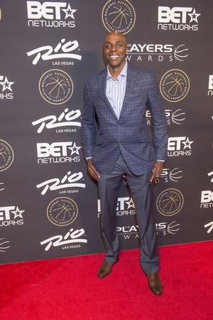 pistones: LAS VEGAS - 19 de julio: jugador de la NBA Anthony Tolliver de los Pistons de Detroit asiste a los jugadores premios en el Rio Hotel & Casino el 19 de julio, 2015, en Las Vegas, Nevada Editorial
