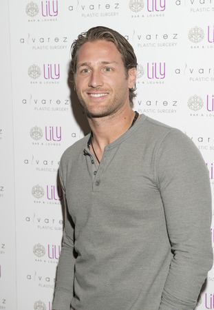 bellagio las vegas: LAS VEGAS - JULY 17 : Television personality Juan Pablo Galavis attends a party for Alvarez Plastic Surgery at Lily Bar & Lounge at the Bellagio hotel in Las Vegas, Nevada on July 17 2015.