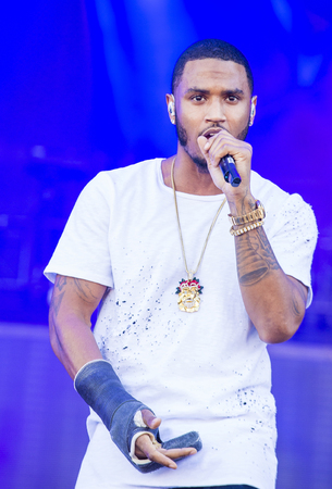 onstage: LAS VEGAS - SEP 19 : Singer Trey Songz performs onstage at the 2015 iHeartRadio Music Festival at the Las Vegas Village on September 19, 2015 in Las Vegas, Nevada.
