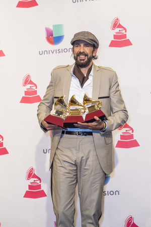 LAS VEGAS , NOV 19 : Juan Luis Guerra, winner of the Album of the Year, poses in the press room during the 16th Annual Latin GRAMMY Awards on November 19 2015 in Las Vegas, Nevada Sajtókép