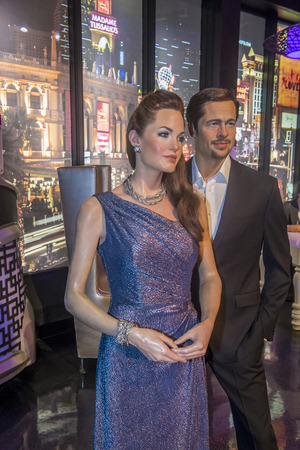 brad pitt: LAS VEGAS - OCT 23 : A waxworks of Brad pitt & Angelina jolie at The Madame Tussauds museum in Las Vegas on October 23 2015, The two-floor 30,000-square-foot museum has 100-plus wax replicas.
