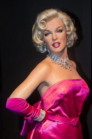 LAS VEGAS - 23 octobre: ??Un waxwork de Marilyn Monroe au musée Madame Tussauds à Las Vegas le 23 Octobre 2015, le musée de 30.000 pieds carrés sur deux étages a des répliques de cire 100-plus. Banque d'images - 53641146