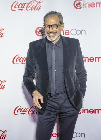 big screen: LAS VEGAS - APRIL 14 : Actor Jeff Goldblum attends the CinemaCon Big Screen Achievement Awards at The Caesars Palace on April 14 2016 in Las Vegas Editorial