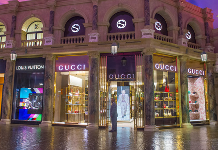 gucci store: LAS VEGAS - APRIL 13 : Exterior of a Gucci store in Caesars Palace hotel in Las Vegas on April 13 , 2016.  Gucci is an Italian fashion and leather goods brand with retail stores throughout the world