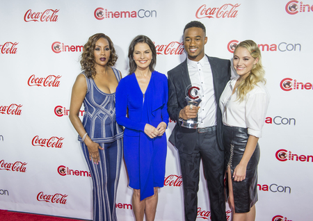 usher: LAS VEGAS - APRIL 14 : (L-R) Actors Vivica A. Fox, Sela Ward, Jessie Usher and Maika Monroe attend the CinemaCon Big Screen Achievement Awards at The Caesars Palace on April 14 2016 in Las Vegas