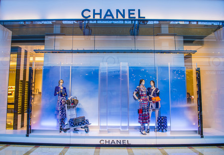 chanel: LAS VEGAS - MAY 21 : Exterior of a Chanel store in Las Vegas strip on May 21 , 2016. Chanel is famous French luxury brand founded in 1909 Editorial