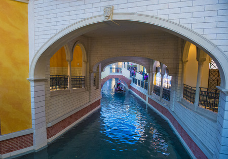 nv: LAS VEGAS - MAY 21 : The interior of the Venetian hotel & Casino in Las Vegas on May 21 , 2016. With more than 4000 suites its one of the most famous hotels in the world.