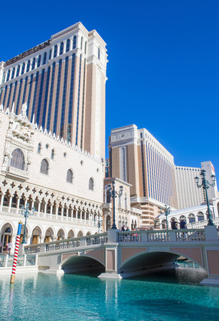 nv: LAS VEGAS - MAY 21 : The Venetian hotel in Las Vegas on May 21 , 2016. With more than 4000 suites it`s one of the most famous hotels in the world Editorial