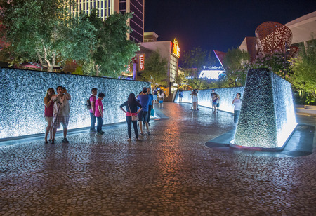 entertainment district: LAS VEGAS - JUNE 14 : The Park in Las Vegas on June 14 2016. The Park is outdoor dining and entertainment district area that connects the T-Mobile Arena to the Las Vegas Strip