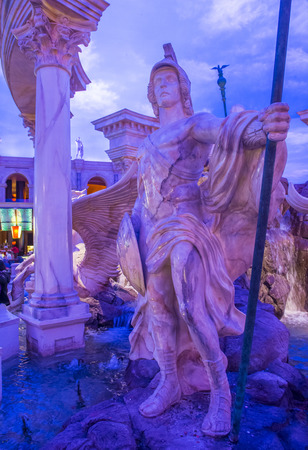 caesars palace: LAS VEGAS - NOV 24 : The Forum shoping mall in Las Vegas on November 24 2016 , The mall connected to the Caesars Palace hotel and casino and it simulates ancient Roman streets