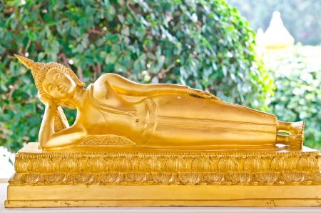 Golden reclining buddha, Thailand Stock Photo - 15575980