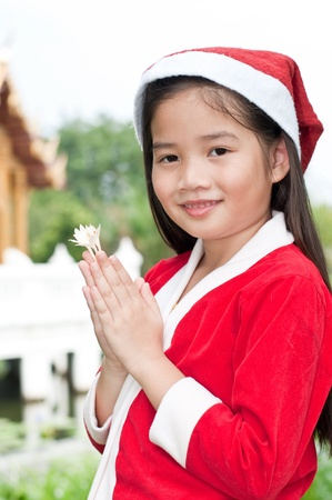Santa girl en estilo tailand�s, Tailandia. photo