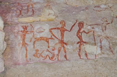 pintura rupestre: Pinturas rupestres en templo tailand�s, Tailandia.