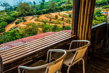 adentro y afuera: Mountain view from window, Thailand. Foto de archivo