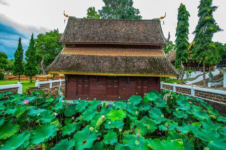 Old church in the Phuttha Eoen temple, Thailand. Foto de archivo