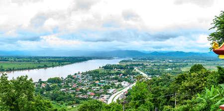 Panorama View of Mekong River at Chiang Saen District, Chiang Rai Province. Banco de Imagens