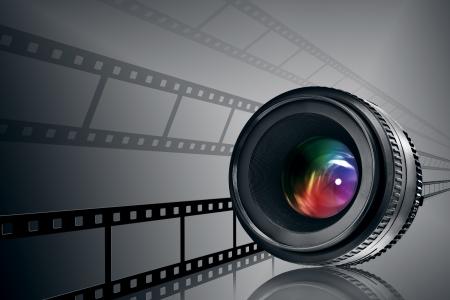 Franja de la lente y la pel�cula sobre fondo negro Foto de archivo - 8737996