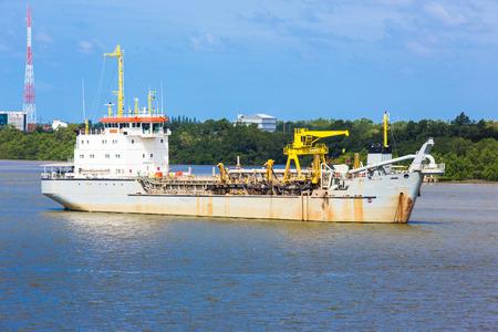 dredging: Dredging Vessel on Chaopraya river