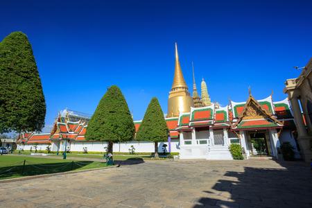 the grand palace: Wat Phra Kaeo or Grand Palace in Bangkok, Thailand