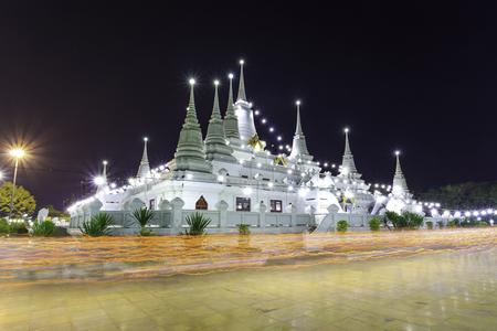 puja: Buddhist in Thailand come pray in Magha Puja Day at Asokaram Temple, Samutprakarn Province