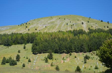 monti: View of italian hills in summer, Parco Nazionale del Gran Sasso e Monti della Laga Stock Photo