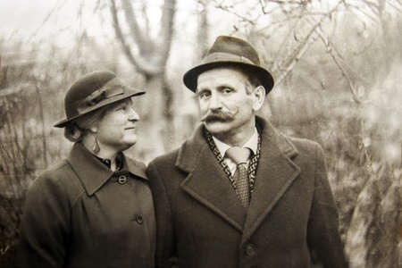 a old vintage photograph couples in love