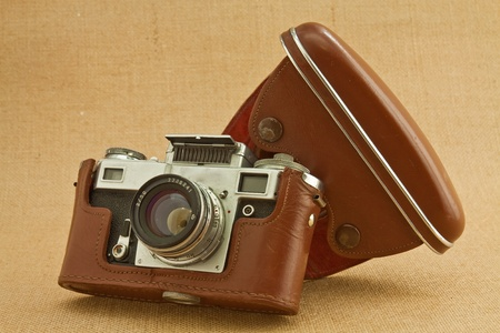 old camera: Model of classical 35 mm camera in the middle of the nineteenth century Stock Photo