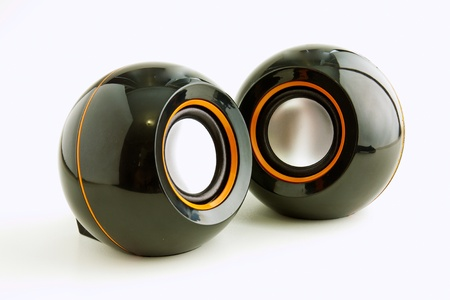 jitter: Two speakers for desktop PC in black and orange colors