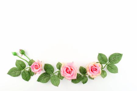 Rosas de la vendimia con el espacio del texto gratuito