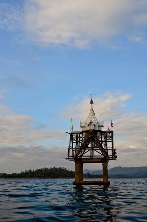 sunk: sunk temple in Thailand