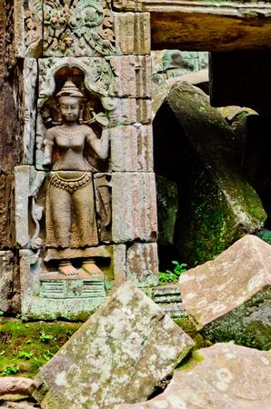 apsara: sculpture of Apsara at Ta prohm, Angkor Thom